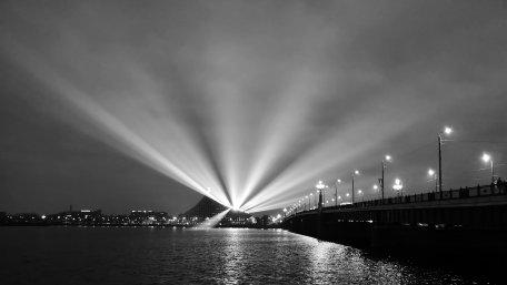 Brücke in Riga bei Nacht ©Ann-Kristin Iwersen 2018.